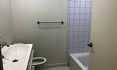 Bathroom, 161 E McMicken Ave, 2