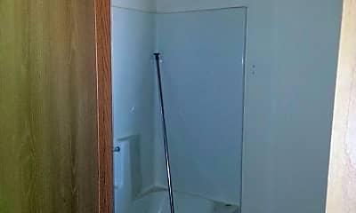 Bathroom, 1601 23rd St S, 2