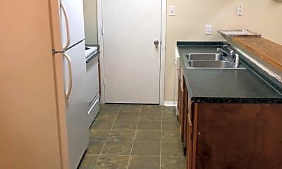 Kitchen, 309 Mobile Ave, 1