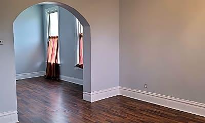 Living Room, 1226 E 72nd St, 1
