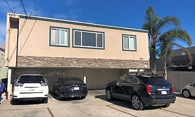 Building, 3020 Macaulay St, 1