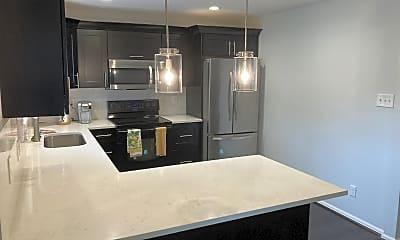 Kitchen, 2954 W Bryant Cir, 1