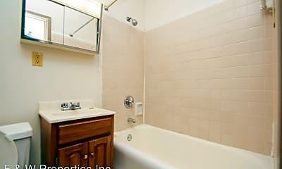 Bathroom, 55 Hamilton Park, 2