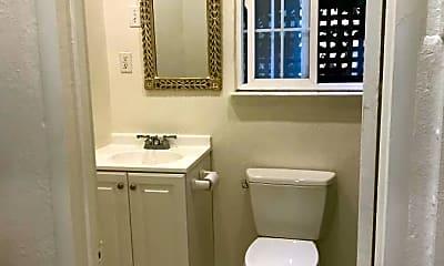 Bathroom, 3019 Hillegass Ave, 0