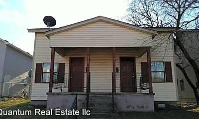 Building, 818 N N St, 0