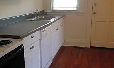 Kitchen, 635 Maryland Ave, 1