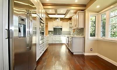 Kitchen, 6724 Colbath Ave, 1