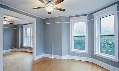 Bedroom, 4032 N Wolcott Ave, 1