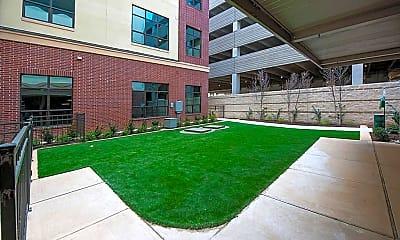 Building, 4410 Westheimer Rd 0008, 1