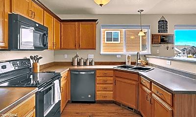 Kitchen, 10636 Deer Meadow Cir, 2
