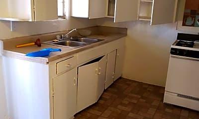 Kitchen, 5106 Live Oak St, 1