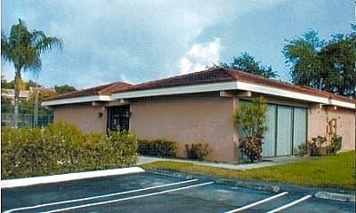 Palm Crest Apartments, 2