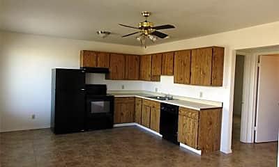 Living Room, 2820 N Glassford Hill Rd, 0