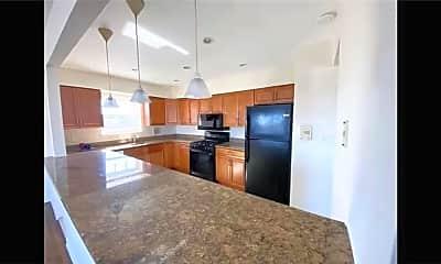 Kitchen, 655 Edison Ave 3FL, 1