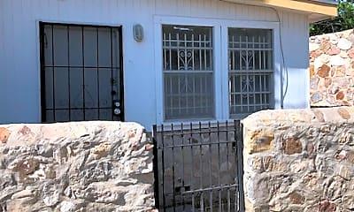 Building, 1112 N San Marcial St, 0