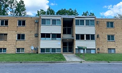 Building, 554 West Ave, 2