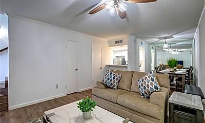 Living Room, 12802 Midway Rd 1005, 0