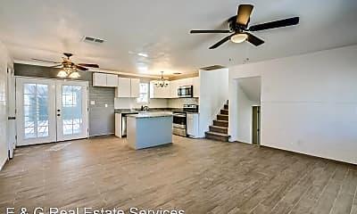 Living Room, 503 E Taylor St, 0