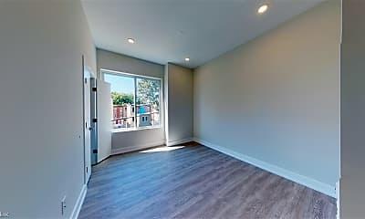 Living Room, 2155 N Darien St, 2