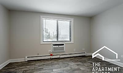 Bedroom, 3936 N Narragansett Ave, 2