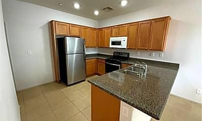 Kitchen, 2023 Rockburne St, 1