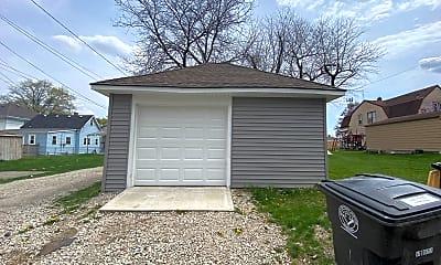 Building, 3618 S Harrison St, 2
