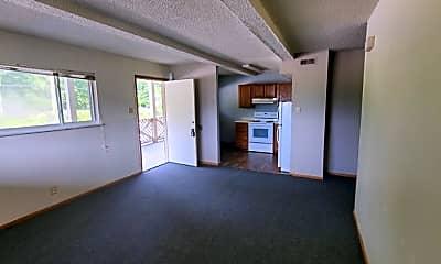 Living Room, 8743 Commercial Blvd, 2