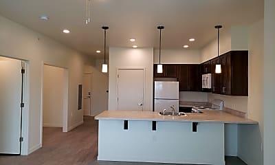 Kitchen, 501 Interstate Dirive, 1