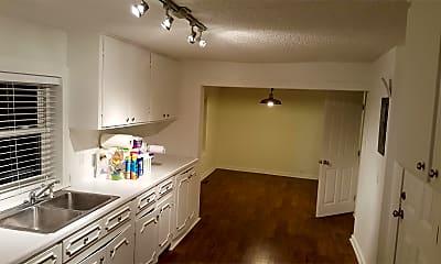 Bathroom, 233 Quail Dr, 2