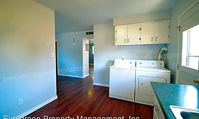Kitchen, 2417 Crabtree Dr, 1