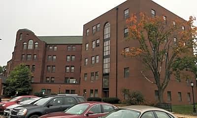 Sturgeon Bluff Apartments, 0