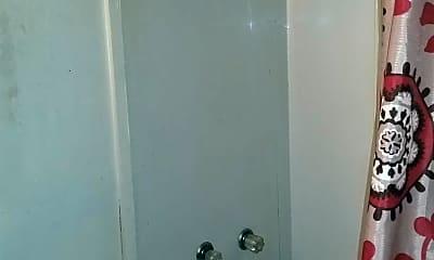 Bathroom, 10 Quail St FIRST, 2