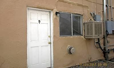 Bathroom, 1511 Gold Ave SE, 2