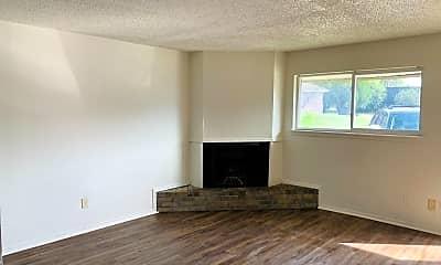 Living Room, 1516 Westfield Cir, 1