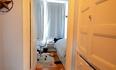 Bathroom, 141 Fuller St, 2