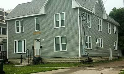 Building, 611 W 1st St, 0
