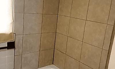 Bathroom, 460 Seabreeze Rd E, 2