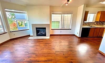 Living Room, 4223 Evanston Ave N, 1