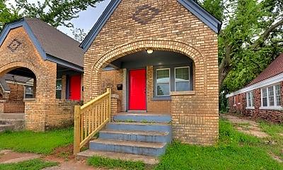 Building, 2210 NE 22nd St, 1