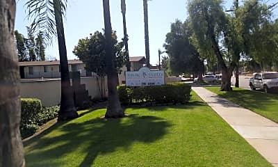Chula Vista Towne Centre, 1