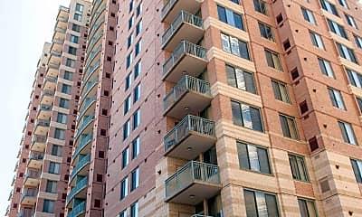 Building, 851 N Glebe Rd 510, 1