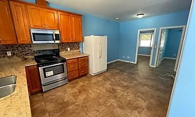 Kitchen, 735 Twin View Dr, 0