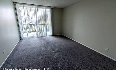 Living Room, 4200 Harbor Blvd, 1