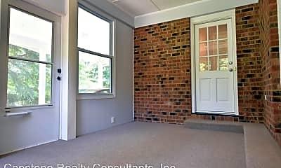 Living Room, 2159 Leeds Ln, 2