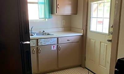 Kitchen, 804 Elizabeth St 2, 1