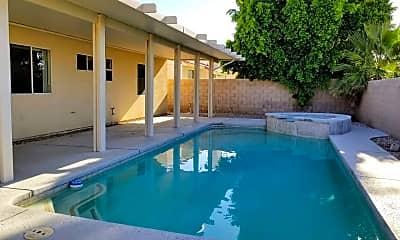 Pool, 68496 Santiago Rd, 1