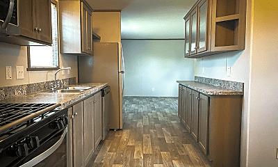 Kitchen, 276 Laurel Leah, 0