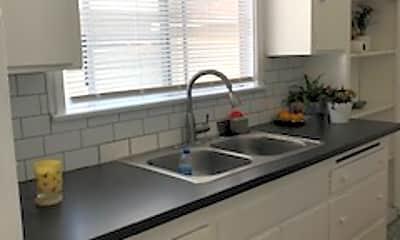 Kitchen, 4121 Duquesne Ave., 0