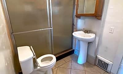 Bathroom, 215 N 6th Ave, 2