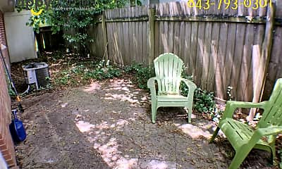 Patio / Deck, 1521 Brookbank Ave, 2